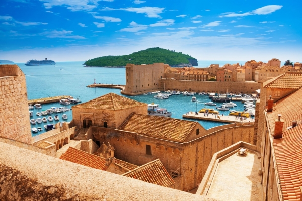 Dubrovnik old city and walls Croatia tour